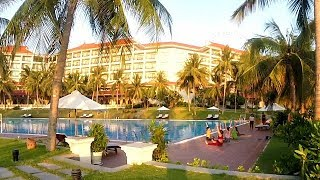 Swimming Pool & Breakfast Buffet @ VinPearl Resort - Nha Trang, Vietnam