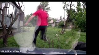 Наркоман пытался вскрыть машину(, 2014-05-30T09:45:09.000Z)