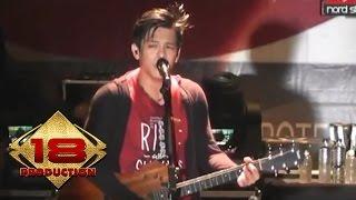 NOAH Menunggumu Live Konser Mataram 2013