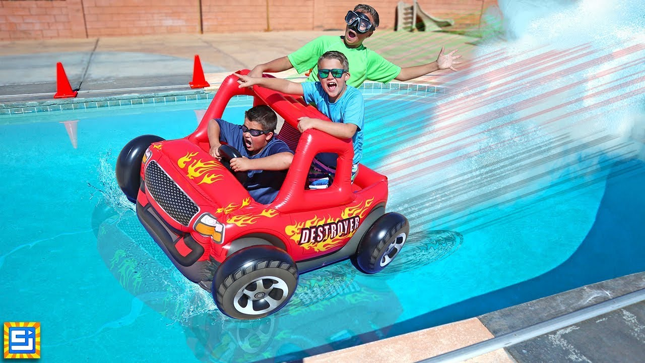 Giant Floating Inflatable Rc Car Swimming Pool Adventure
