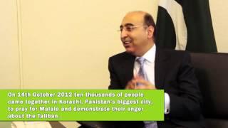 Der pakistanische Botschafter zum Attentat auf Malala Yousafzai (in Englisch).