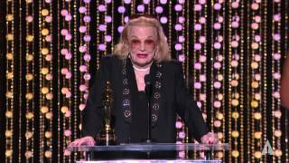 Gena Rowlands receives an Honorary Award at the 2015 Governors Awards
