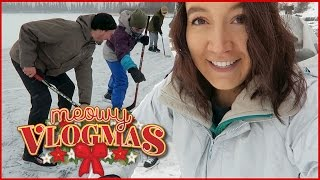 THE MOST CANADIAN VLOGMAS EVER ❄ Vlogmas Day 10! ❄