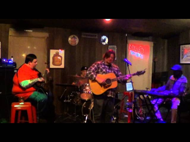'No Home For Me Now' Live at LL Creek Bar 11/7/14
