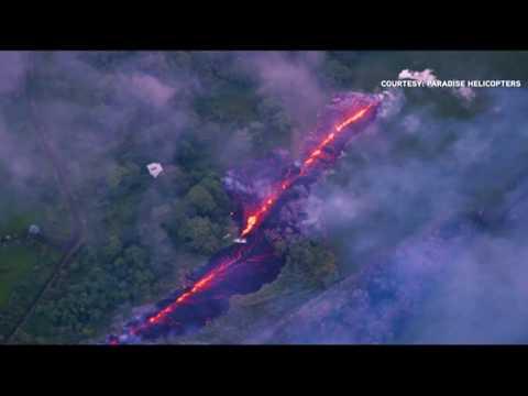 Huge fissure opens on Hawaiian volcano