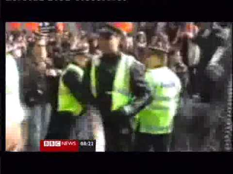 G20 Nicola Fischer police officer Delroy Smellie cleared of assault‎