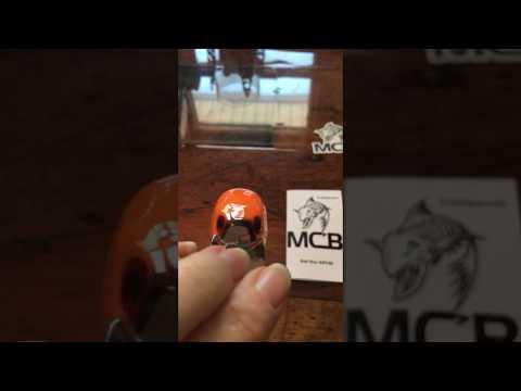 MCB -2 5 Icy Hot Craw - Squarebill Crankbait Casting Lure – Mark's
