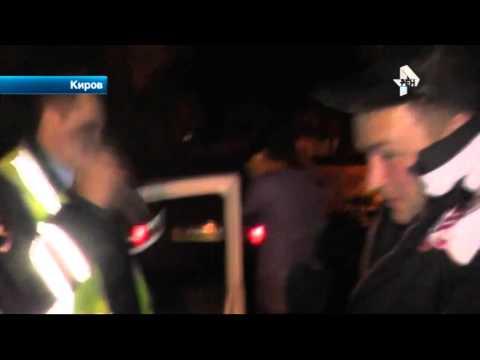 В Кирове буйный одиннадцатиклассник разбил камеру корреспонденту РЕН ТВ