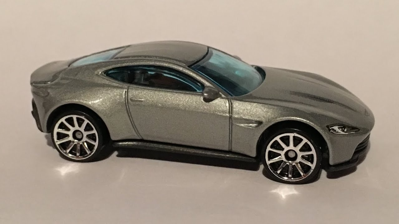 hot wheels aston martin db10 from spectre youtube. Black Bedroom Furniture Sets. Home Design Ideas