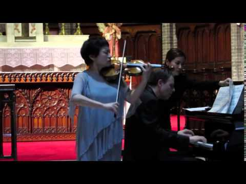 Ave Maria For Violin   Kyung Wha Chung Live @ Myeong dong Catholic Cathedral