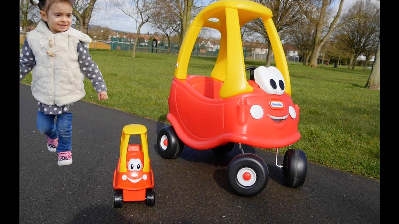 Mother Amp Baby Cozy Coupe Playing In The Park Youtube