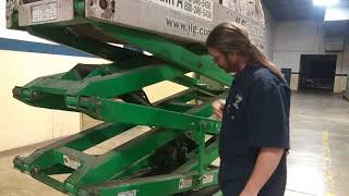 Scissor lift inspection and operation