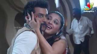 Anushka and Surya in Singam 2 Song Making