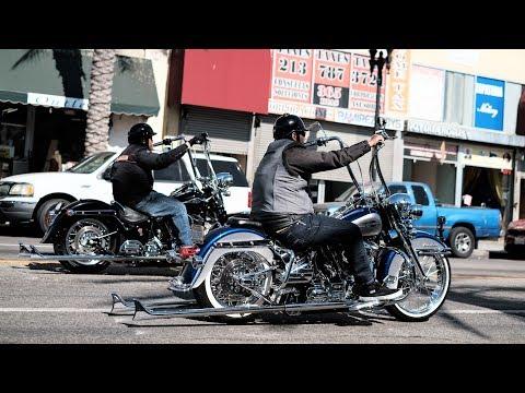 Harley Viclas Rollin' East Los Angeles