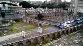 「トラヤヌス広場」の全貌
