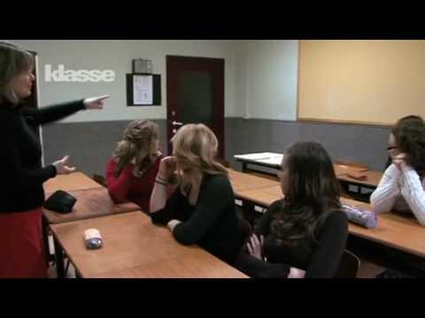 Tom Helsen zingt 'Emma Emma' voor zijn dochter | Liefde voor Muziek | VTM from YouTube · Duration:  6 minutes 25 seconds