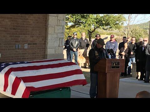 Thousands attend unaccompanied Vietnam veteran's burial