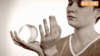 Контактное жонглирование. Чаша.(Видеошкола по контактному жонглированию. Как научиться контактному жонглированию? Делать Чаша научит..., 2011-02-25T10:39:32.000Z)