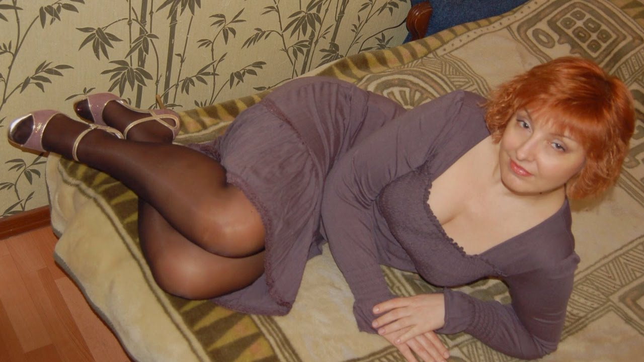 Old mature in pantyhose