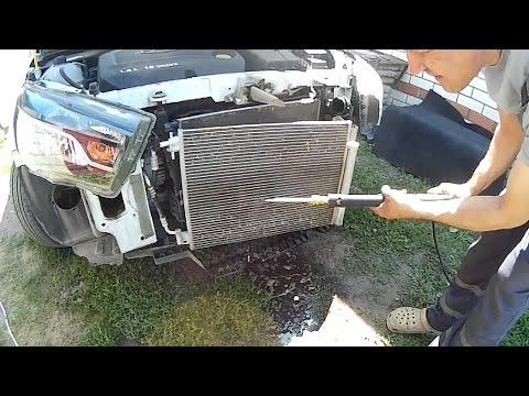 Лада Веста. Чистка радиаторов кондиционера и двигателя.