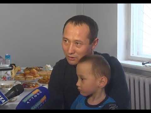 Отец, воспитывающий сыновей-инвалидов, получил жилье