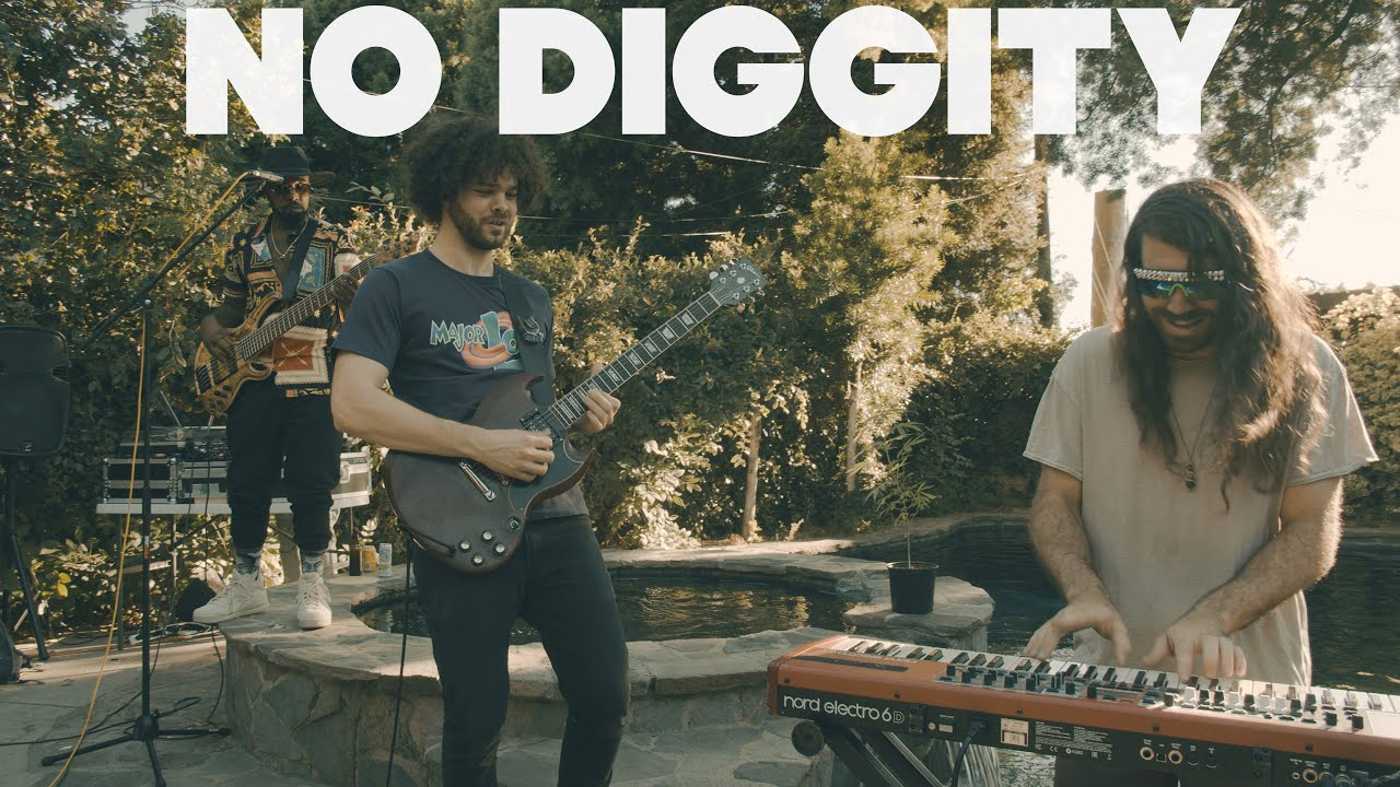 The Main Squeeze   No Diggity Chords   Chordify