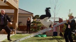 Шпион по соседству -неудачные кадры со съемок, Джеки Чан