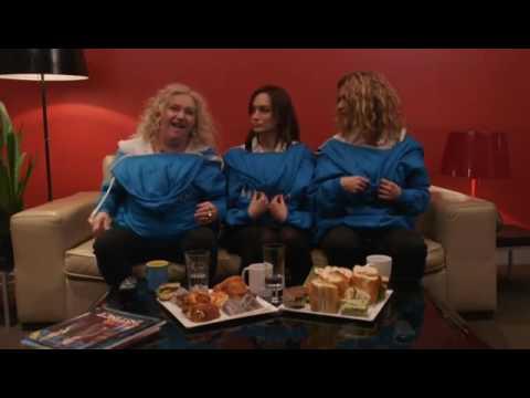 Danielle Cormack, Nicole da Silva y Celia Ireland who's in your crew??