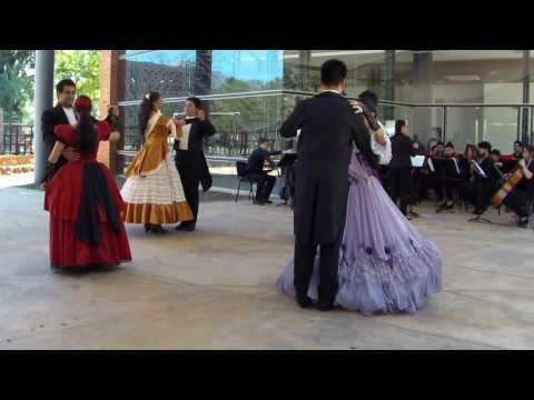 Danzas paraguayas en FADA