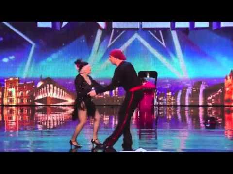 Cụ bà gần 80 tuổi gây sốc cuộc thi Got Talent nước Anh