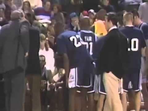 1994 Doron Sheffer and Donyell Marshall Game Tying 3