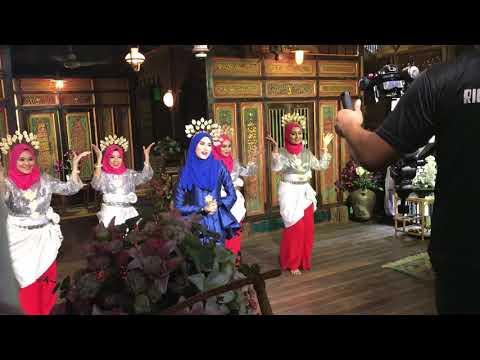 Ewah-Ewah Wany Hasrita dance version
