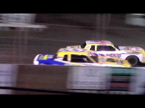 Stock Car Heat 1 @ Fairmont Raceway 04/08/17