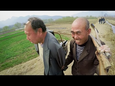 GoPro: A Blind Man and His Armless Friend Plant a Forest in China