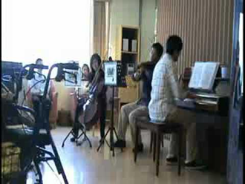 UBC Music Initiative - July 9 at Renfrew Care Centre (part 1)