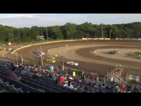 SS - H1. - dirt track racing video image