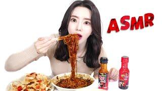 ASMR [4K] 중국집 짜장면과 탕수육에 붉닭소스 추…