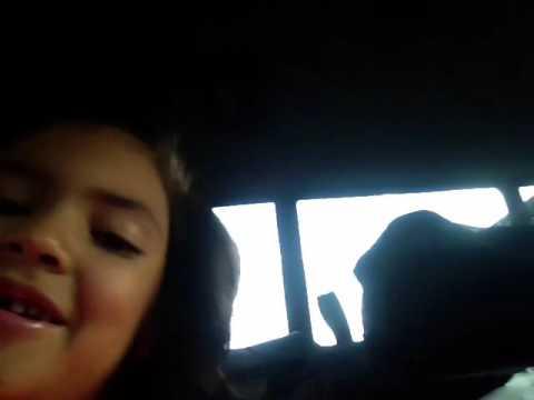 Lole pop in the car