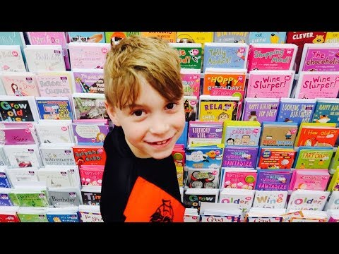 😂kids-picking-funny-mothers-day-cards!!✉️