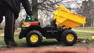 TONKA Truck with custom Motorized dump bed Lift cylinder linear actuator.