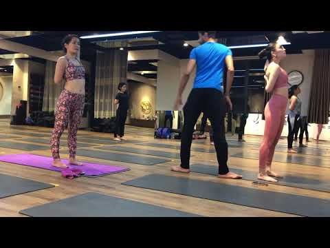Shoulder opening / 45 minutes / yoga workout / with Master Amy in / Jai Yoga