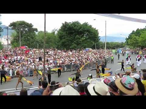 Medellín Vanguardia MEVA Desfile de silleteros feria de las flores 2018 thumbnail