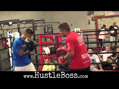 Mikey Garcia hitting the mitts with brother Robert and father Eduardo for Nov. 9 clash with Martinez