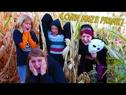 Pranking People in the Corn Maze! We Got The Tannerites So Good!