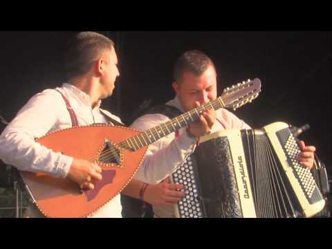 HK & Les Saltimbanks Live @ Sziget 2012 [Full Concert]