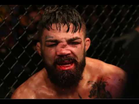 Mike Perry Undergoes Surgery After Broken Nose At UFC Fight Night 156