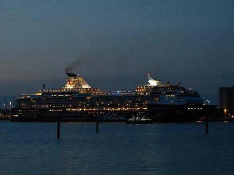 Five Cruise Ships departing from Southampton Docks - 19/08/2017