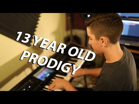 13 Year Old - NEW KING OF RAGTIME (Maple Leaf Rag)