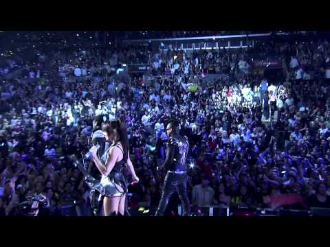 Black Eyed Peas @ Staples Center (HD) - I Gotta Feeling mp3