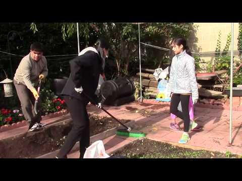Cuộc sống ở Mỹ : Cả nhà dọn vườn rau sau nhà chuẩn bị đón Đông  _ 83